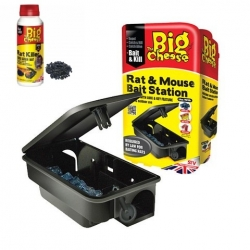 3 Rat Bait Stations & 150g Bait.